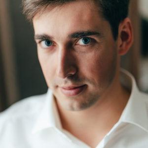 Михаил Артамонов